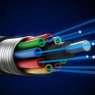 ¿Cuáles son las <strong>diferencias</strong> entre <strong>Fibra Óptica y ADSL</strong>?